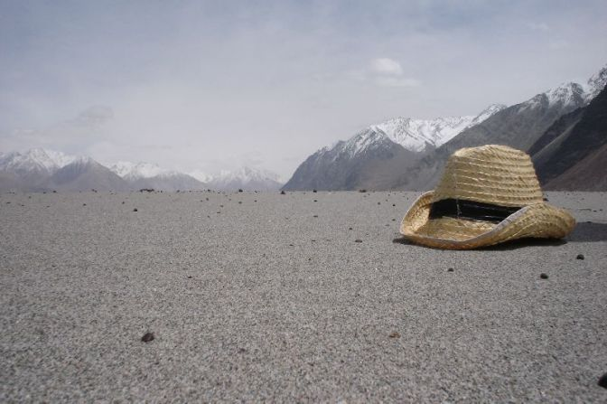 Sun, sand and snow – the deserts of Nubra Valley in Ladakh